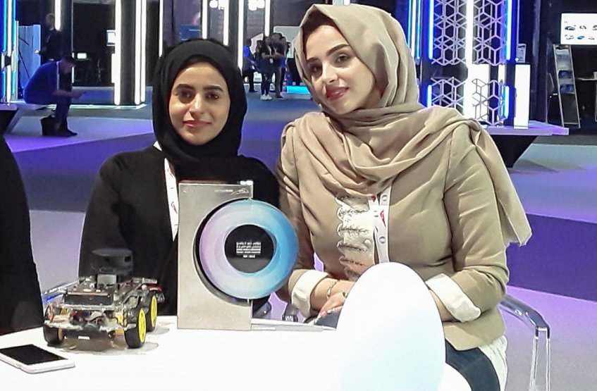 Winners of Dubai World Challenge for Self-Driving Transport